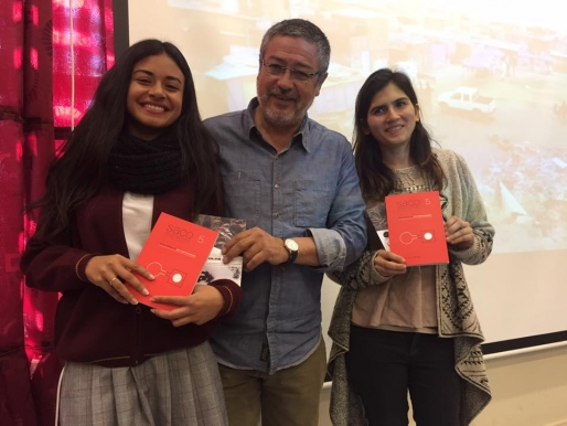 DOCUMENTAL Y LIBRO DE SACO5 ONE WAY TICKET FUE PRESENTADO A LOS ESTUDIANTES DE TALTAL