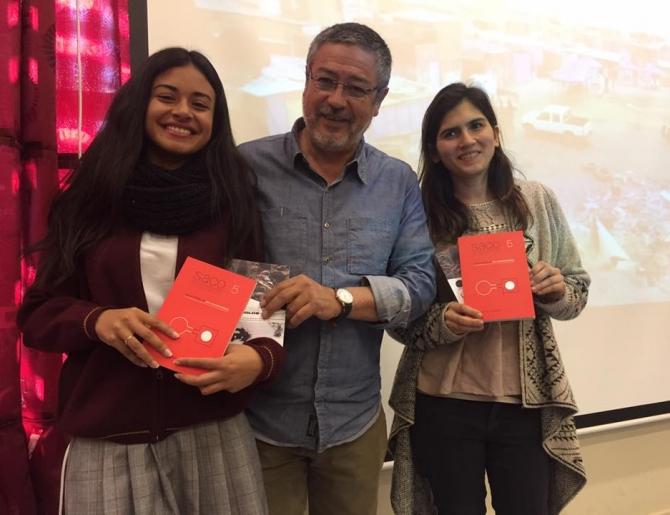 DOCUMENTAL Y LIBRO DE SACO5 ONE WAY TICKET FUE PRESENTADO A LOS ESTUDIANTES DE TALTAL
